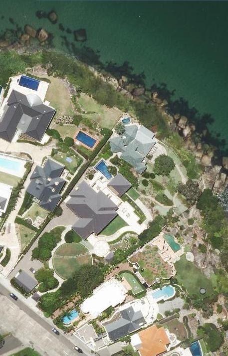 Harbour Villa + Boathouse